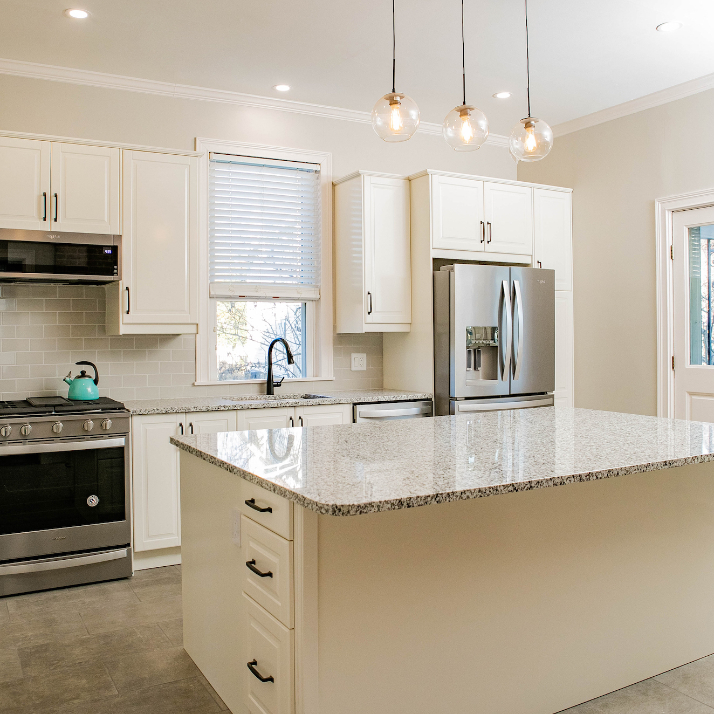kitchen-design-large-kitchen-island-avenue-interiors