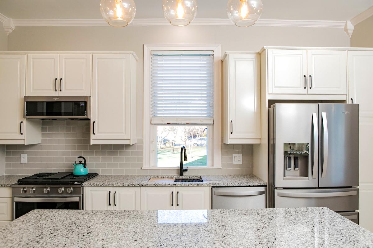 kitchen-designer-avenue-interiors
