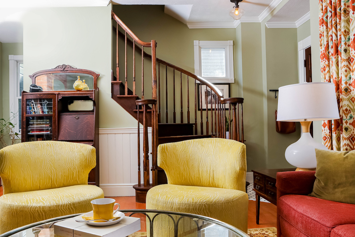 yellow-accent-chairs-living-room-interior-design