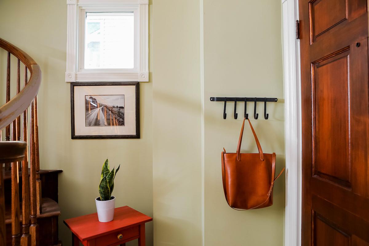 entry-way-interior-design-avenue-interiors